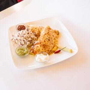 Енчиладас с телешко и зеленчуци
