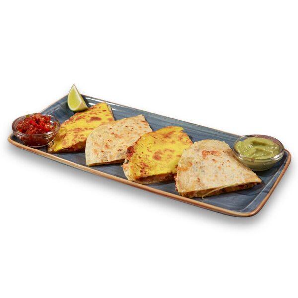Кесадия със сьомга в мексикански ресторант Сомбреро 2