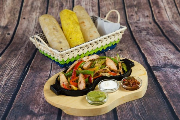 Fajitas with chicken meat