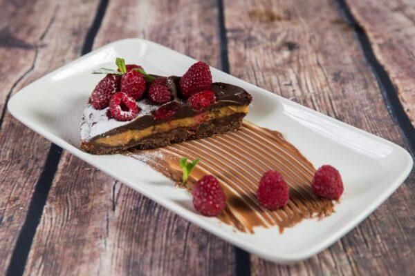 Шоколадов тарт с малини